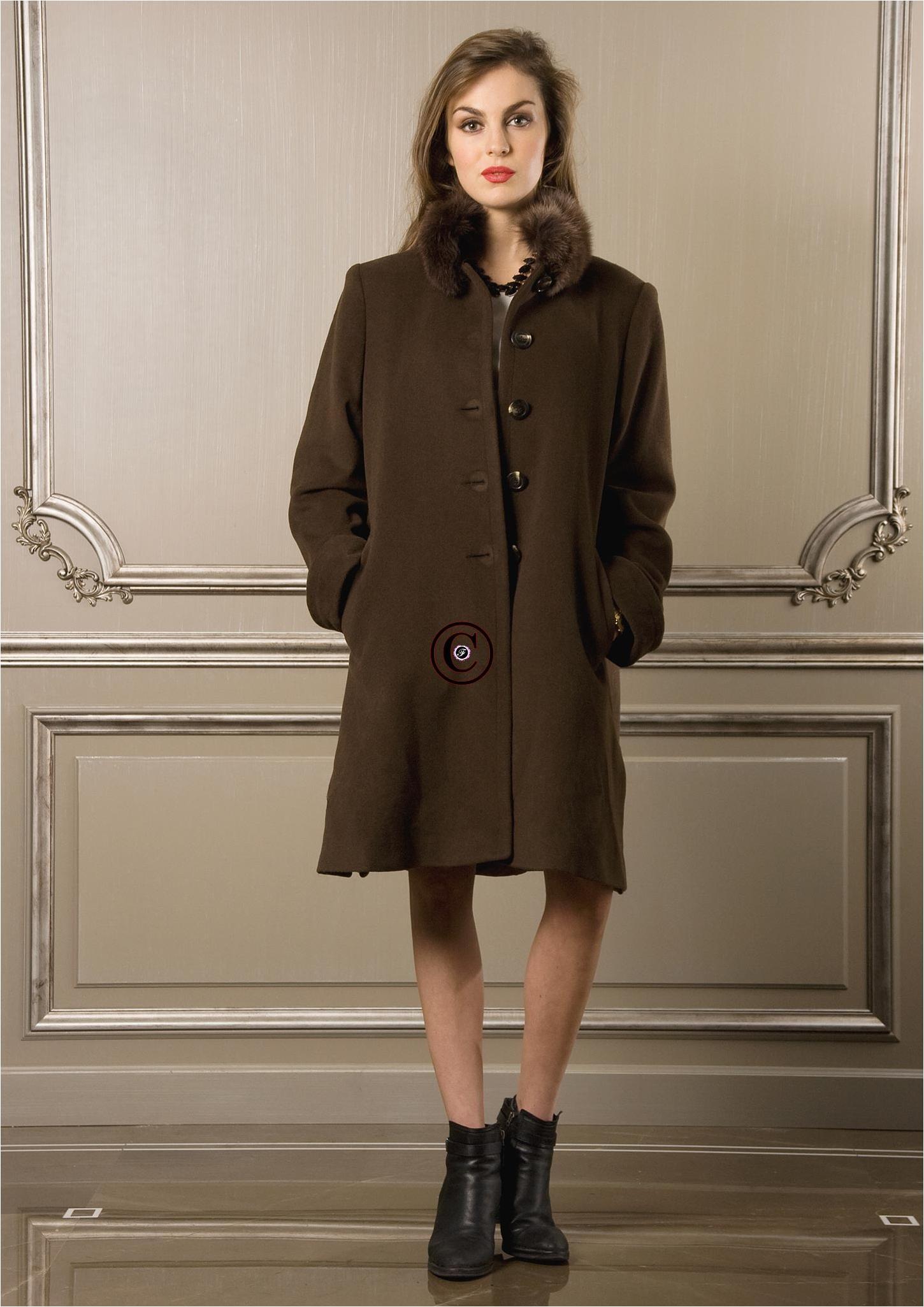 manteau marron osaka fourrure de renard. Black Bedroom Furniture Sets. Home Design Ideas