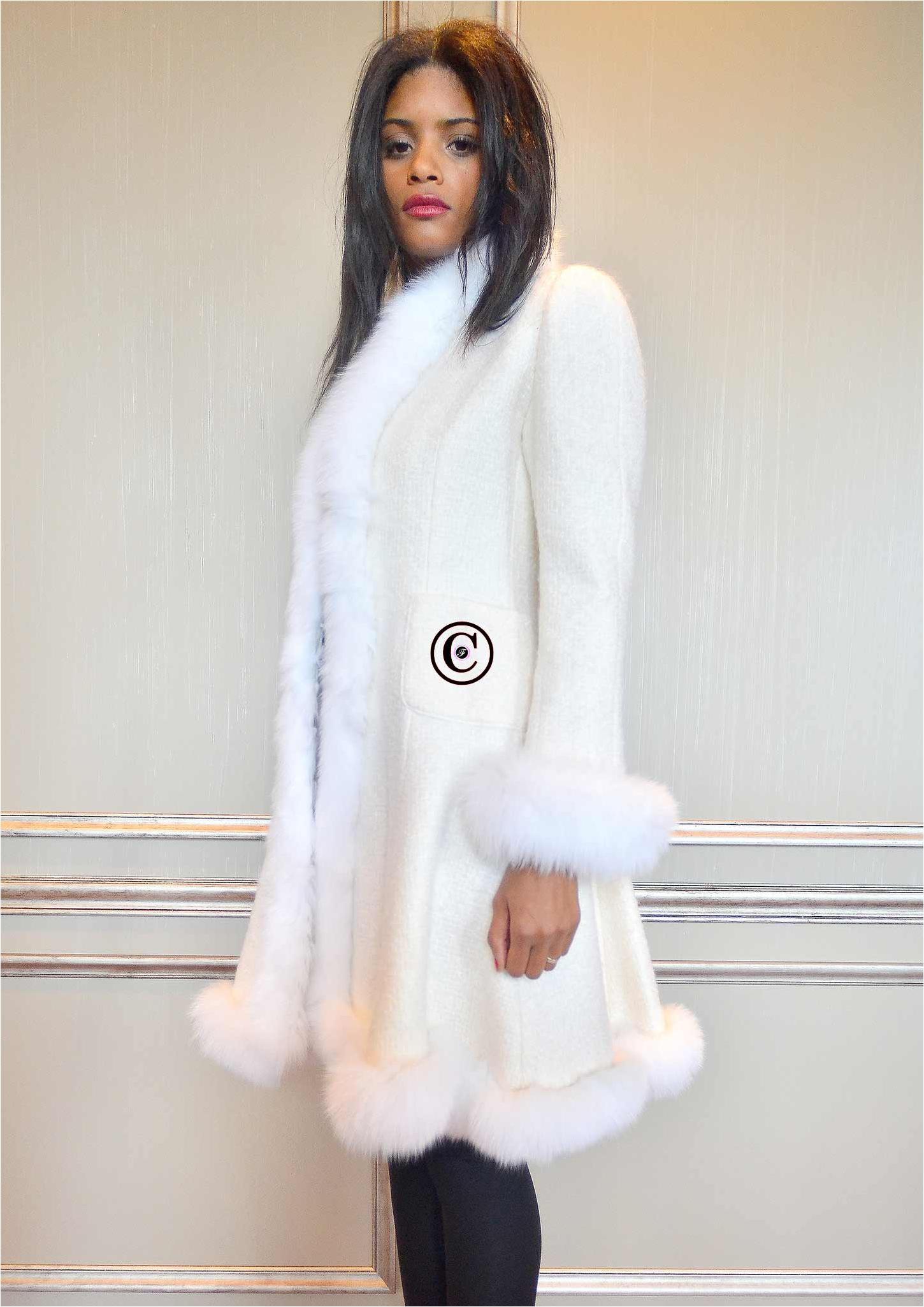 manteau blanc rio fourrure de renard. Black Bedroom Furniture Sets. Home Design Ideas
