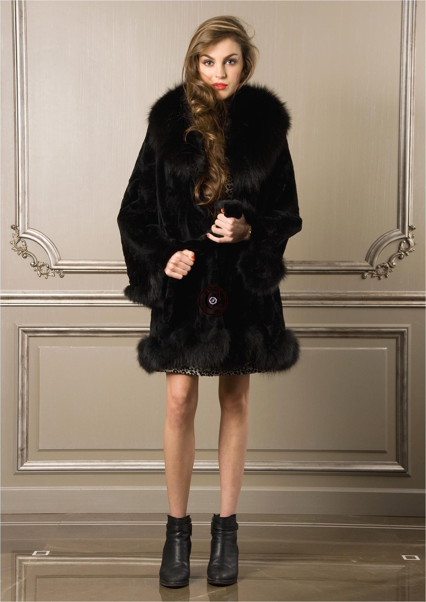 manteau noir 7111 fourrure de lapin et fourrure de renard. Black Bedroom Furniture Sets. Home Design Ideas