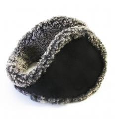 Cache-oreilles façon «tour de cou» noir