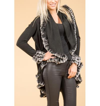 Cape noire avec manches en laine bordée de lapin argenté